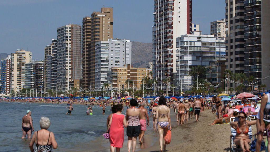 'El verano en el punto de mira' se fija en Benidorm, el icono del turismo español