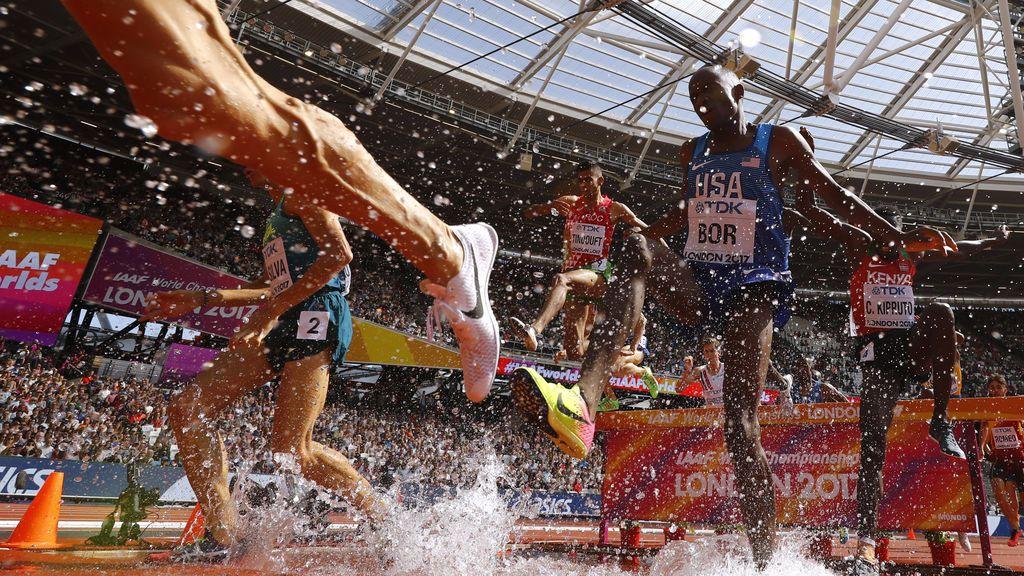 Participantes masculinos durante el Campeonato Mundial de Atletismo 2017