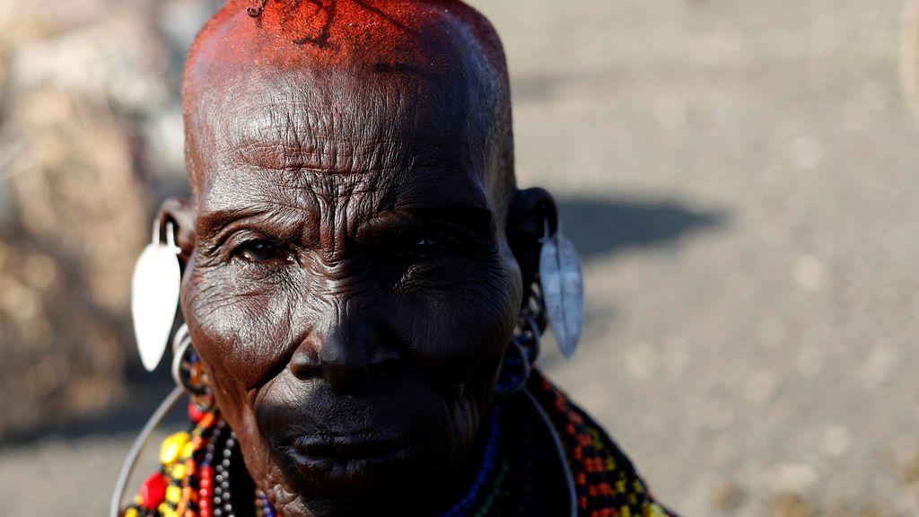 Mujer de una tribu Turkana