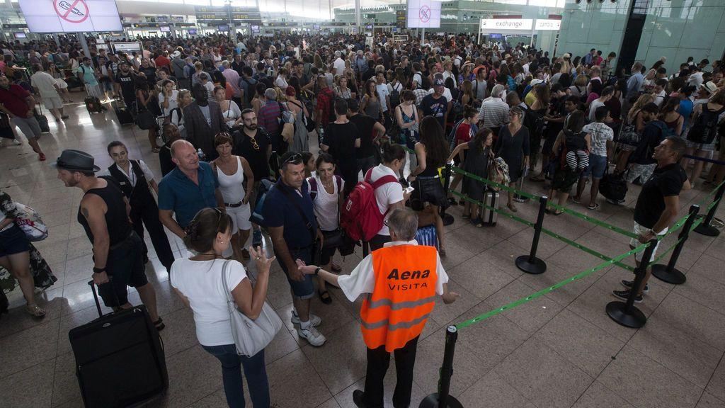 Nuevos paros en el aeropuerto del Prat en Barcelona