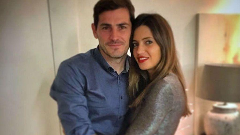 Sara Carbonero explica como truca sus fotos en Instagram del verano con Casillas