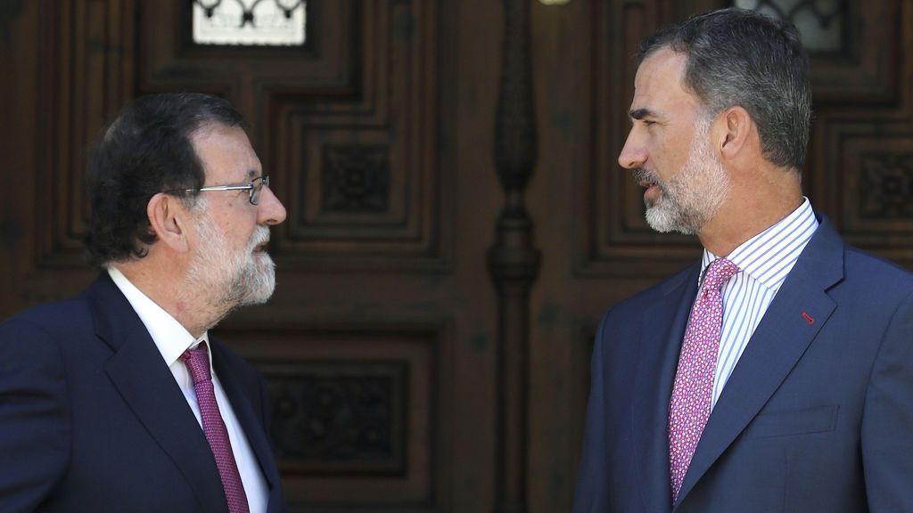 Empieza el despacho veraniego entre Rajoy y el Rey en el Palacio de Marivent