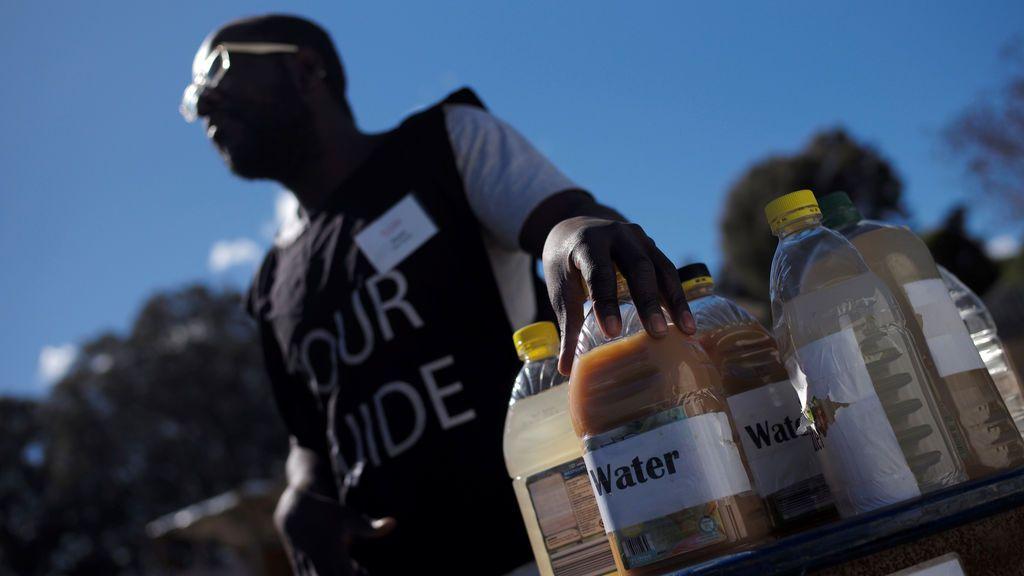 Campaña que muestra el agua a la que tienen acceso los refugiados