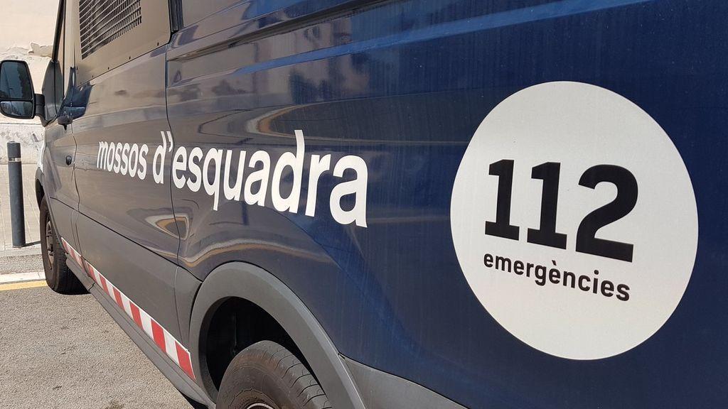 Muere un hombre atropellado por su propio coche en La Vall d'en Bas (Girona)