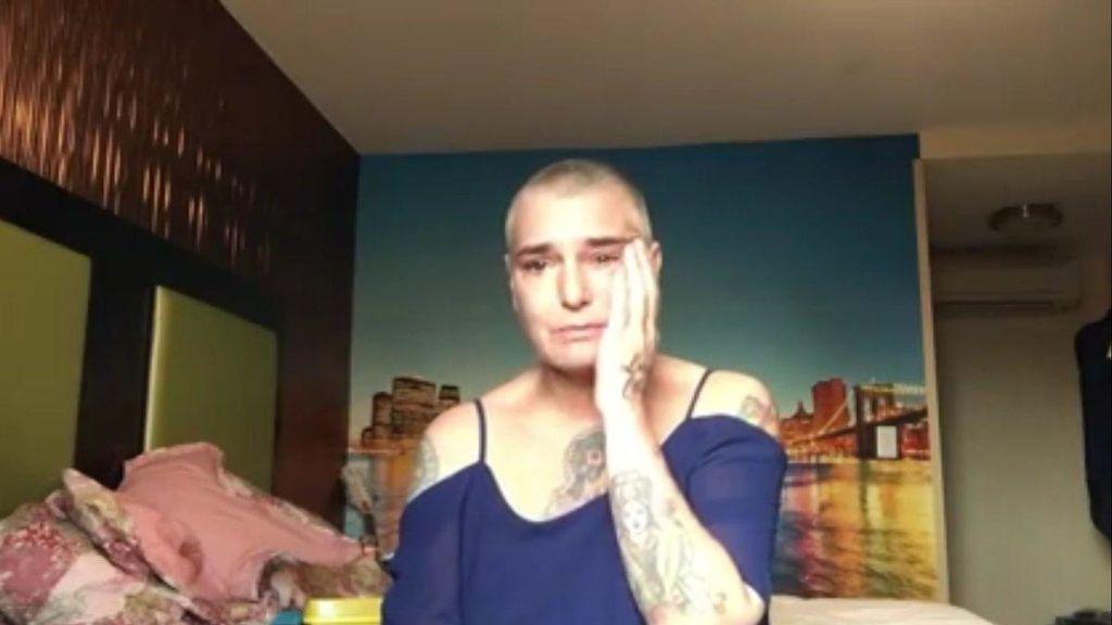 """Sinead O'Connor publica un impactante vídeo en el que admite """"instintos suicidas"""""""