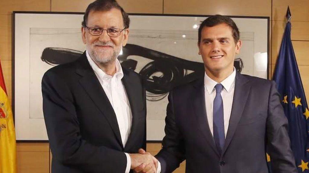 """Cs recuerda a Rajoy su compromiso con la limitación de mandatos, que está """"por encima"""" de sus ganas de repetir"""