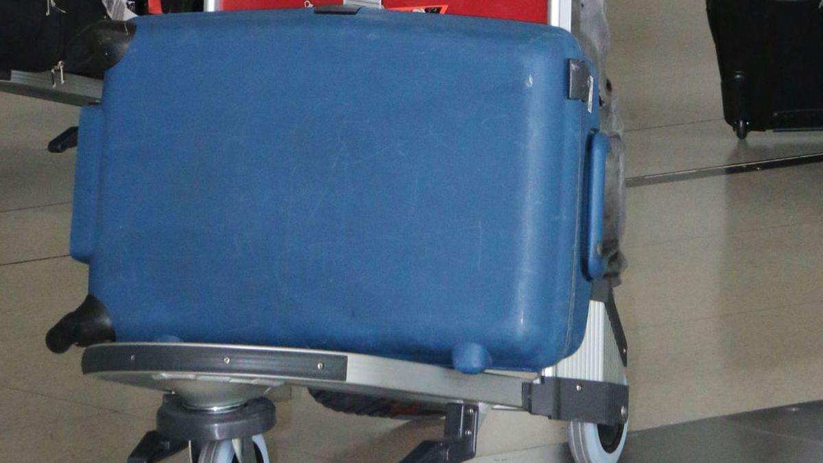 Detenido por viajar con dos brazos humanos en su equipaje