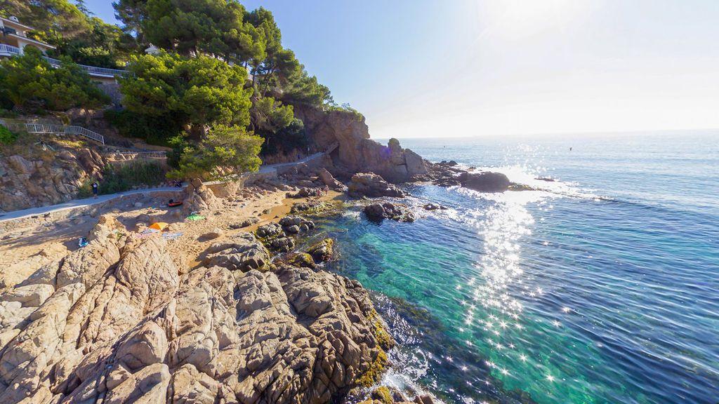 Muere un joven austriaco al caer desde el Camí de Ronda en Lloret (Girona)