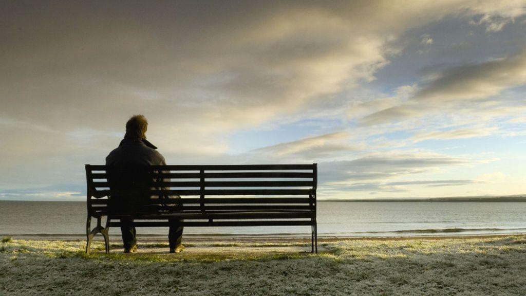 La soledad, más peligrosa para la salud que la obesidad, según un estudio
