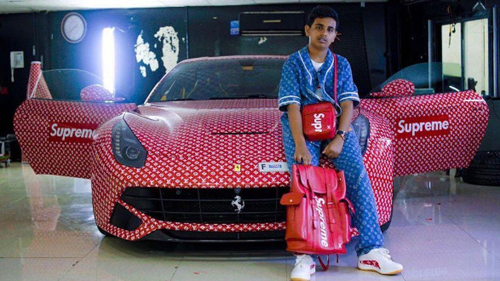 Regala un Ferrari de más de 300.000 euros a su hijo de 15 años