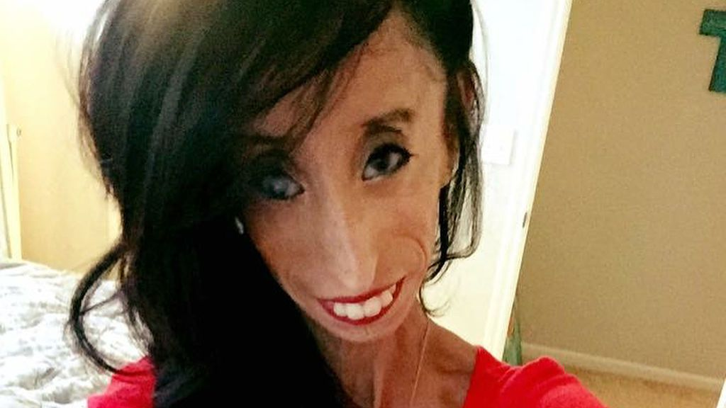 """La inspiradora historia de Lizzie Velásquez, la """"mujer más fea del mundo"""""""