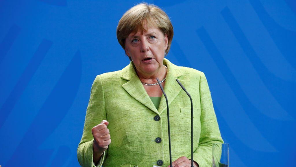 """Merkel defiende que no hay """"solución militar"""" a la crisis con Corea del Norte"""