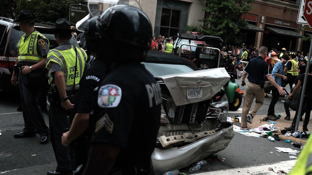 Así se ha vivido la marcha entre miembros de la ultraderecha y antifascistas en Charlottesville