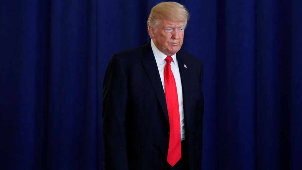 Trump se queda solo tras Charleston