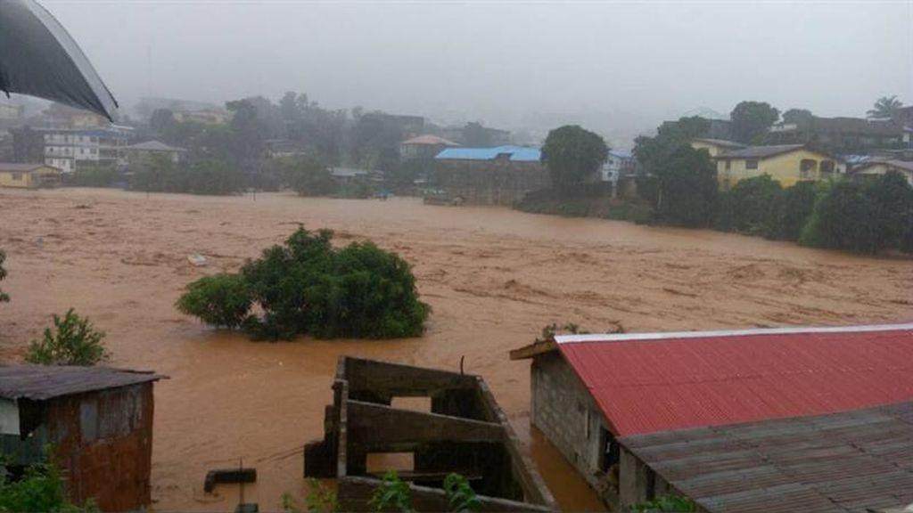Más de 200 muertos por un desprendimiento de terreno en una localidad cercana a Freetown