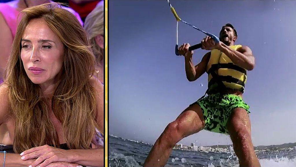 Marco Ferri se atreve con el esquí acuático en Ibiza