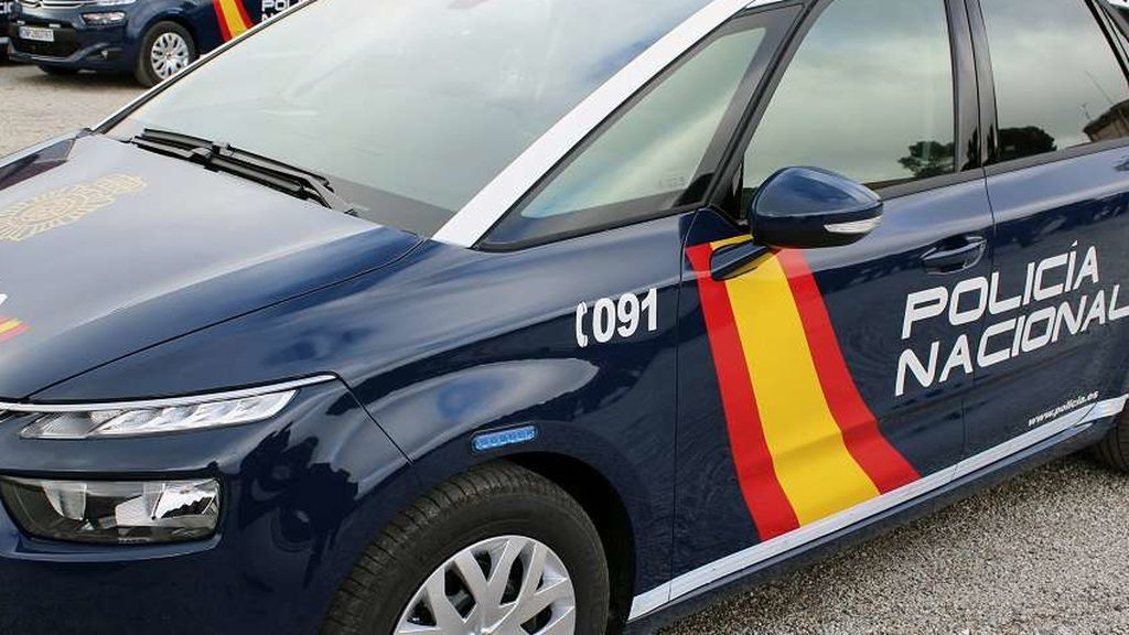La Policía investiga la muerte de un hombre hallado con varias puñaladas en un garaje de Valencia