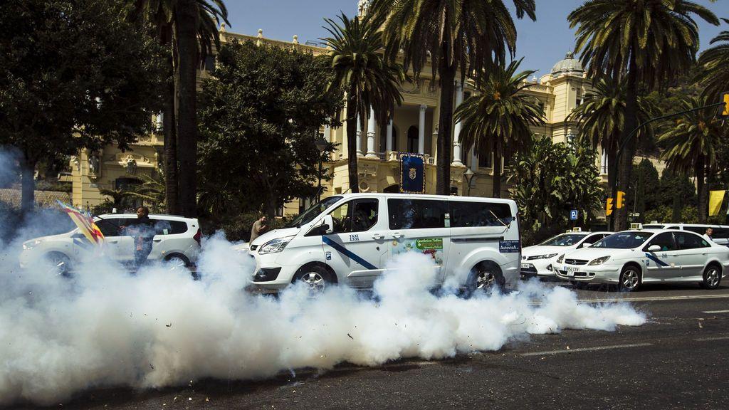 Los taxistas de Málaga desconvocan la huelga en plena feria