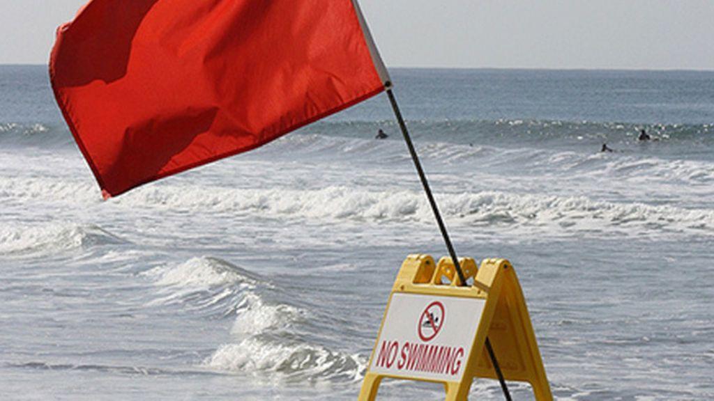 La cosa se pone fea: cómo salir de una corriente de resaca en la playa