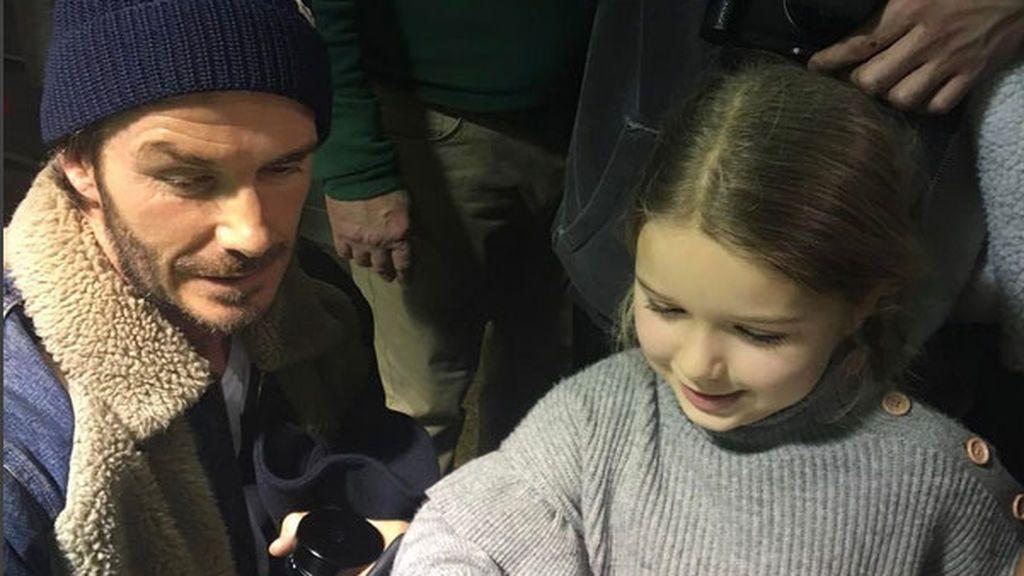 Una preciosa foto de Beckham en Instagram le vale el carnet de padre del año