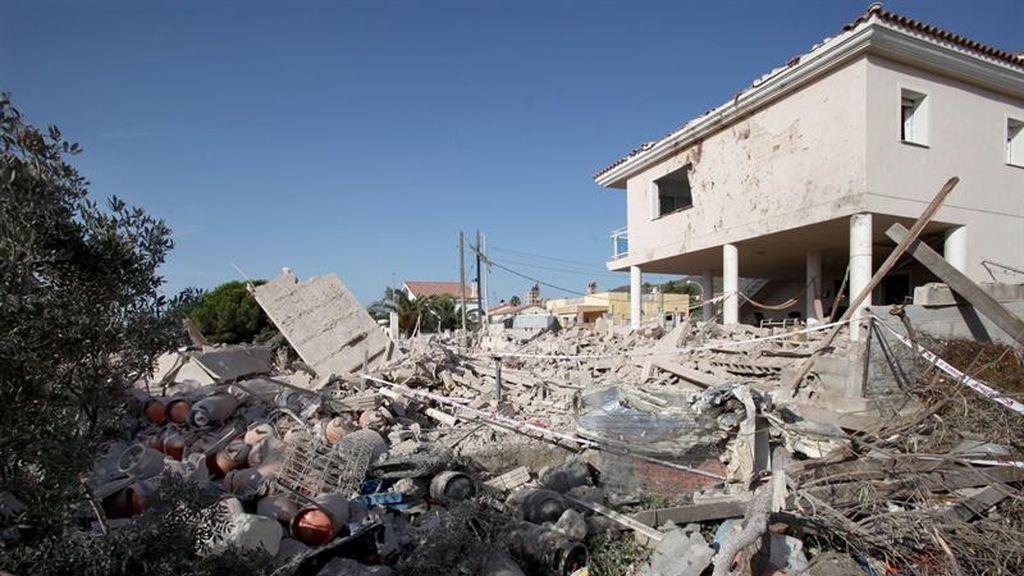 Hallado un segundo cadáver entre los escombros de la casa de Alcanar