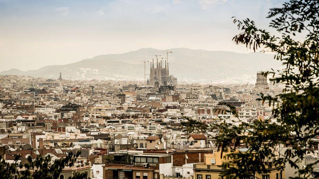 AMOR, AMOR y más AMOR: los famosos se solidarizan con Barcelona en sus redes