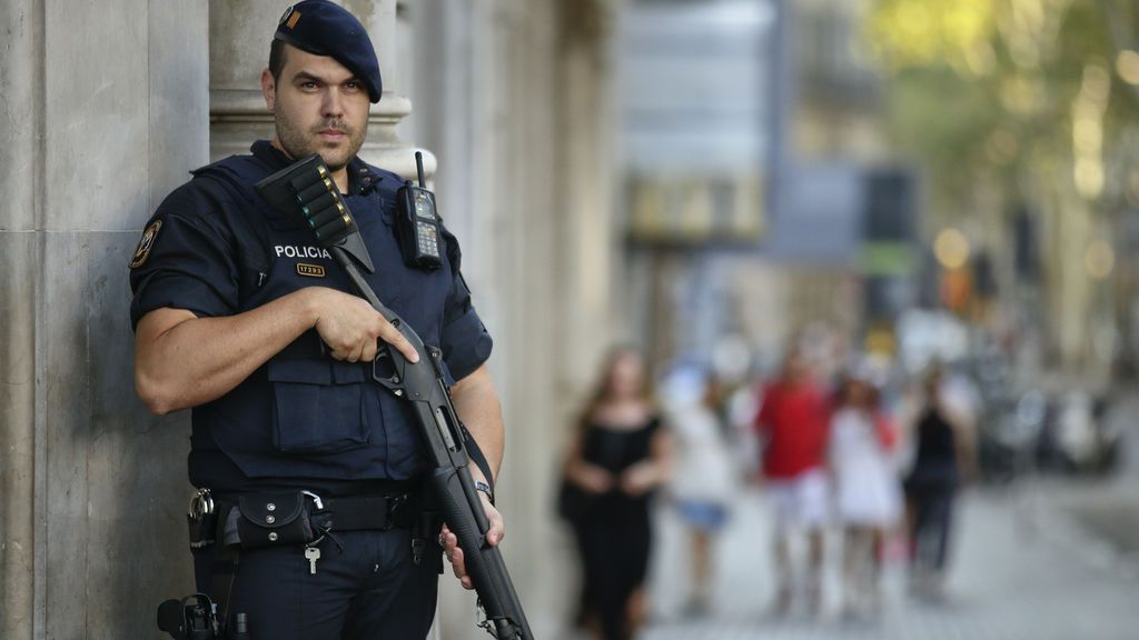 Reunida la mesa de valoración de la amenaza terrorista para decidir si sube el nivel de alerta 4 a 5