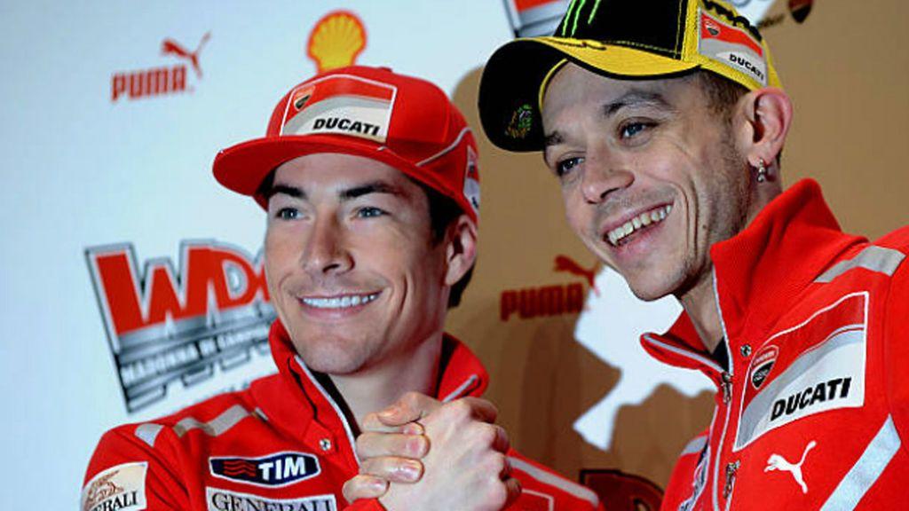El detalle de Rossi con la familia de Hayden: un casco diseñado en su honor y con una bonita dedicatoria