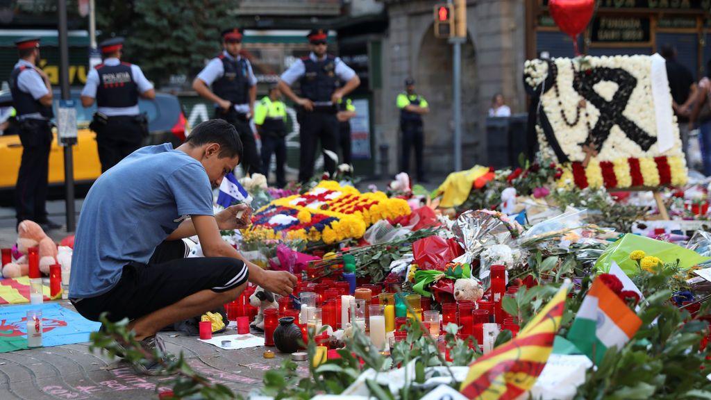 Homenaje víctimas atentado Barcelona