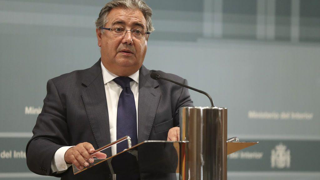 Zoido lanza un mensaje de unidad tras la reunión del Pacto Antiterrorista por los atentados de Barcelona y Cambrils