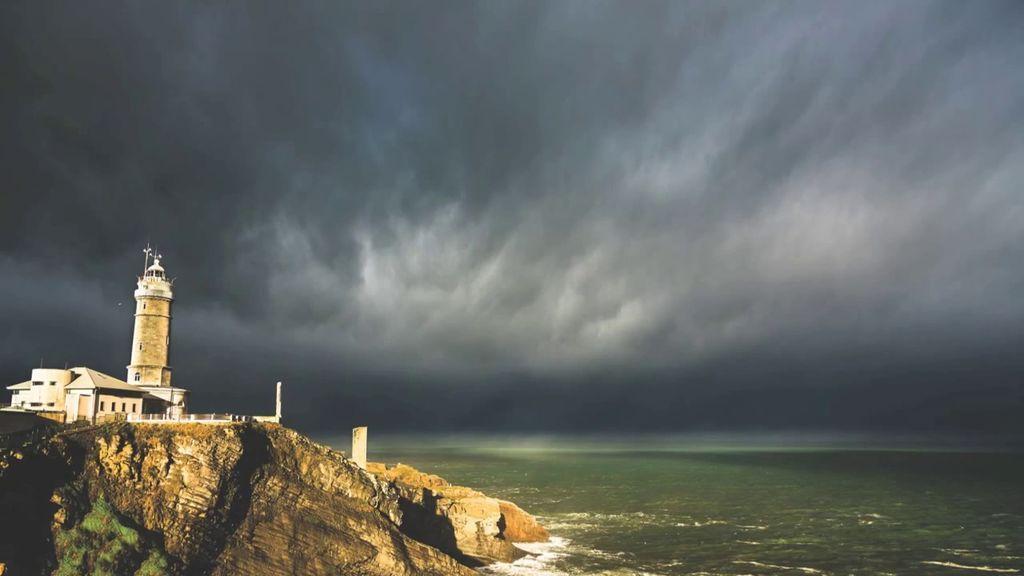 ¿Seguirá lloviendo en el norte peninsular para despedir el verano?