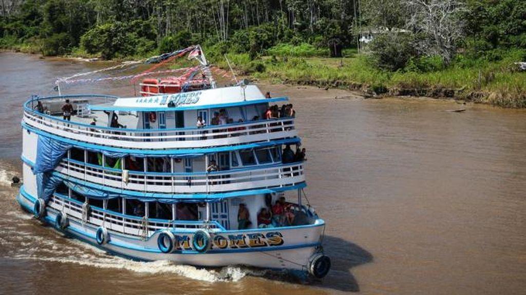 Siete muertos por el naufragio de un barco con 70 personas a bordo en el río Amazonas