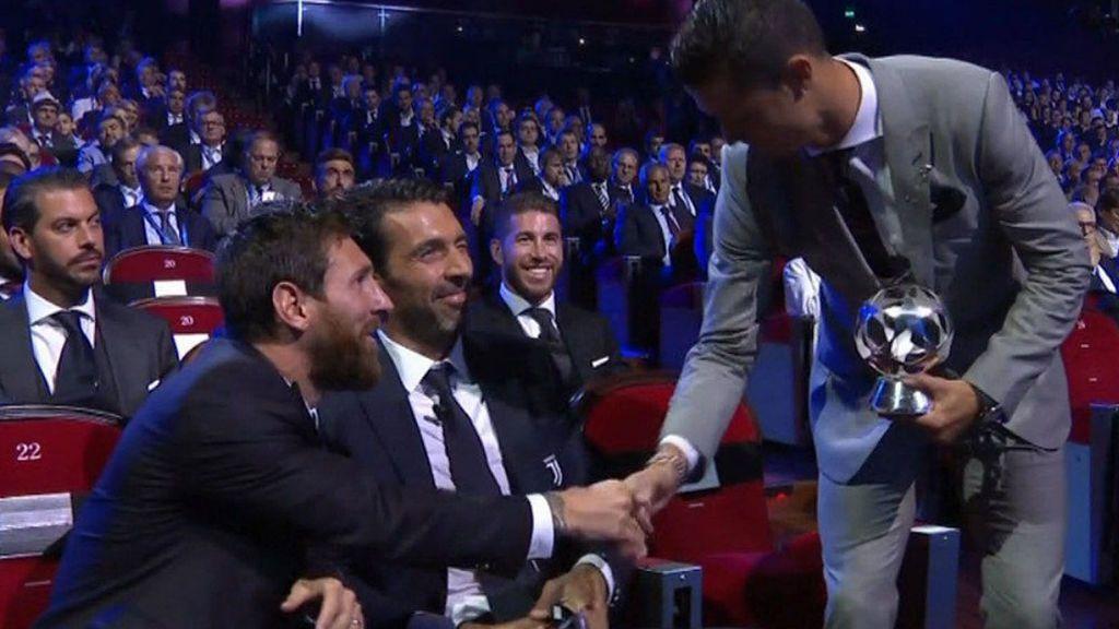 La felicitación de Messi a Cristiano tras ser nombrado mejor jugador de la Champions