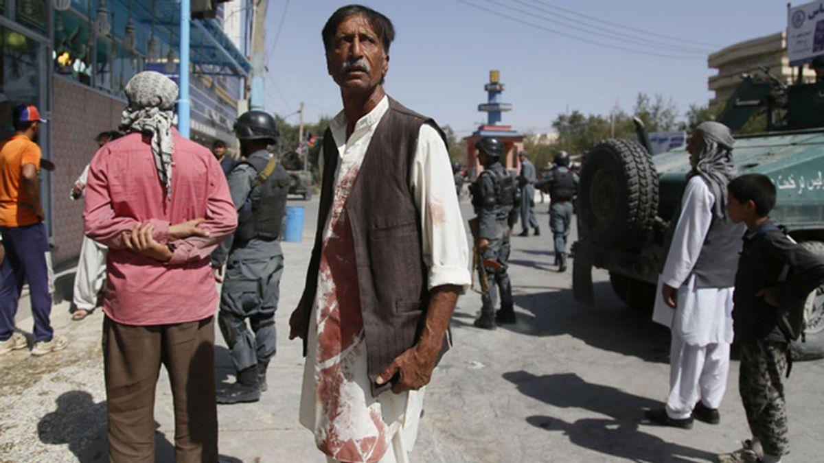 Al menos 20 muertos por un ataque contra una mezquita chií de Kabul