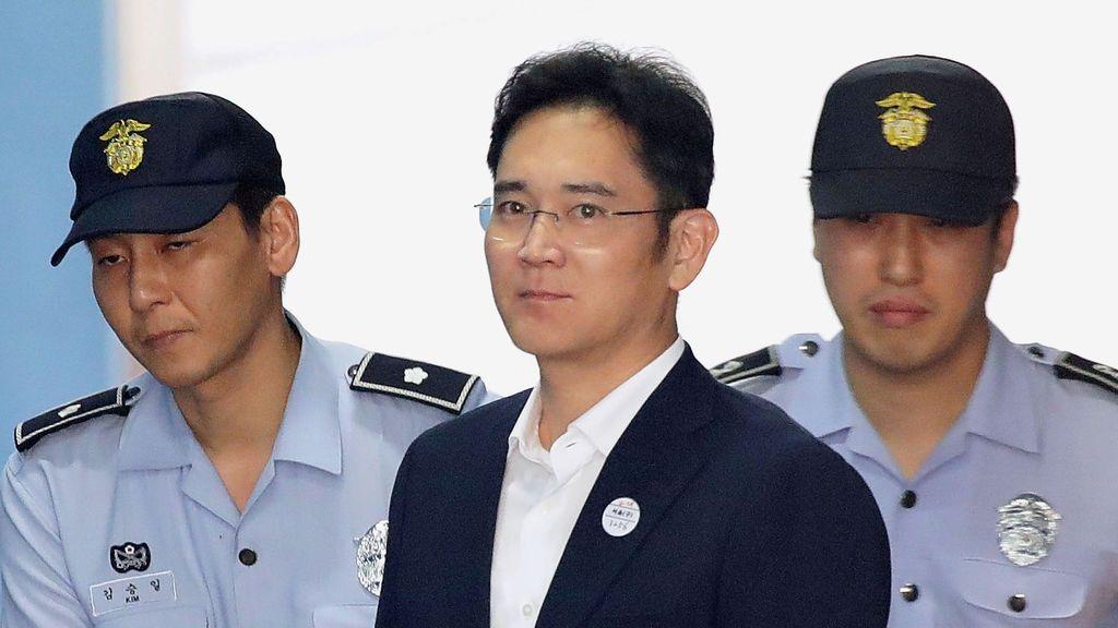 Cinco años de cárcel para el heredero de Samsung