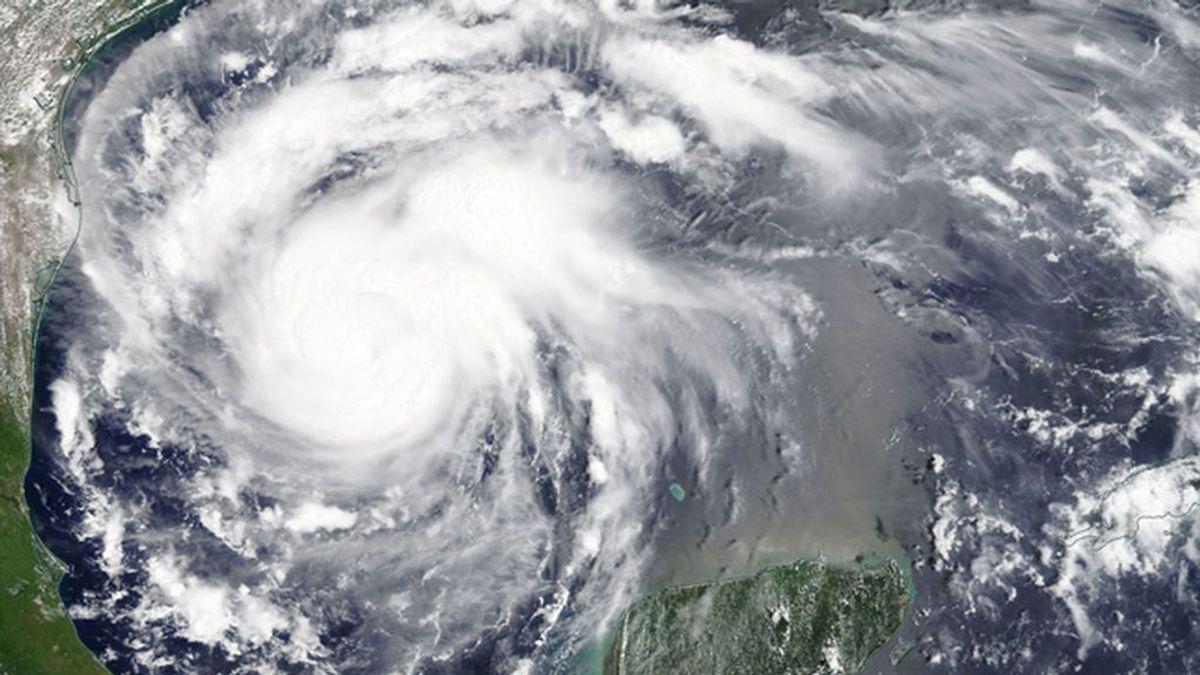 EEUU se prepara para la llegada del 'Harvey', una de las tormentas más fuertes de los últimos años
