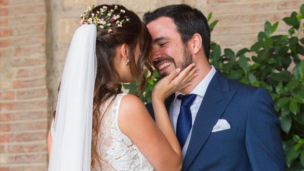 Alberto Garzón y Anna Ruiz se dan el 'sí quiero'