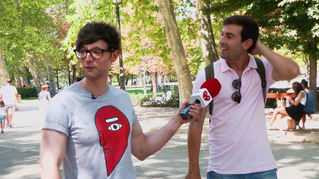 """La propuesta de Escaleto y Eli: """"Si os lleváis los cien euros, ¿te desnudarías?"""""""