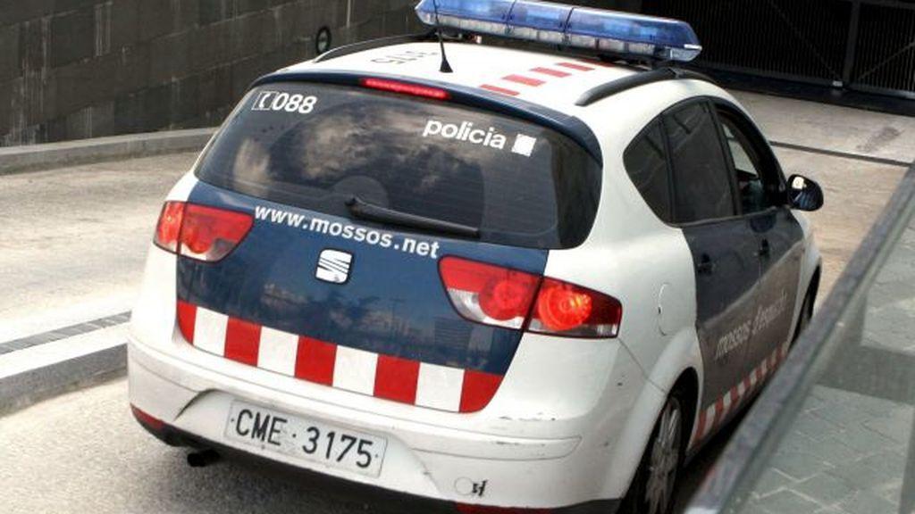 Investigan la muerte de una mujer hallada en un coche en Arenys de Mar (Barcelona)