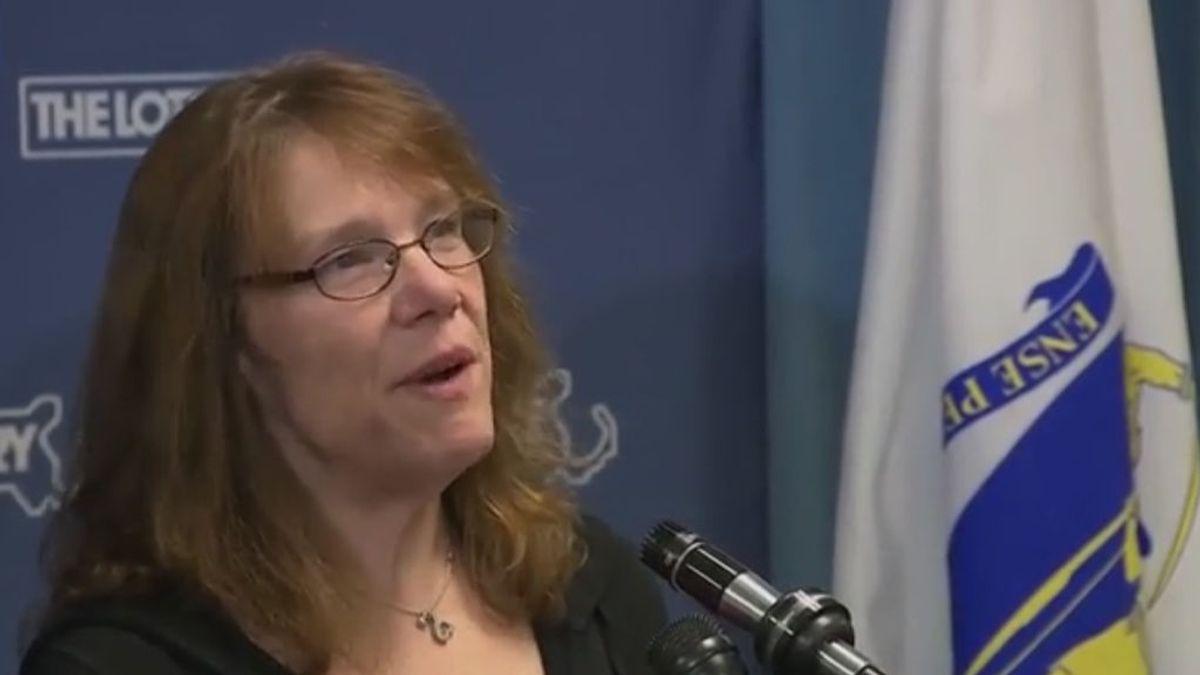Una enfermera ganadora del segundo premio de lotería más grande de la historia de EE.UU