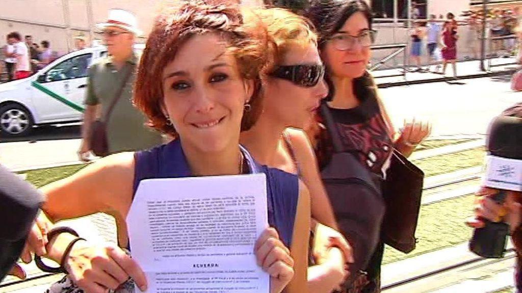 Juana Rivas entrega a sus hijos