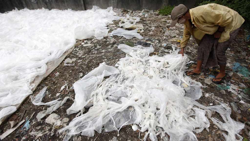Bolsas de plástico mar