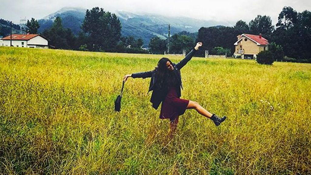Norte, viajes, y conciertos: Así es el verano 'resurgiendo de las cenizas' de Lucía Villalón