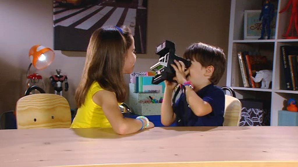 ¿Qué les parecerá a los peques que las fotos de una Polaroid se revelen instantáneamente?
