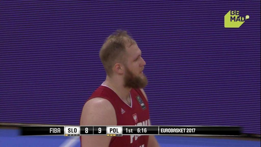 ¿¡A quién va eso Karnowski!? Monumental 'pifia' del jugador polaco