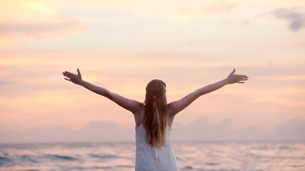 ¿Cómo tratar las manchas en la piel que nos quedan tras el verano?