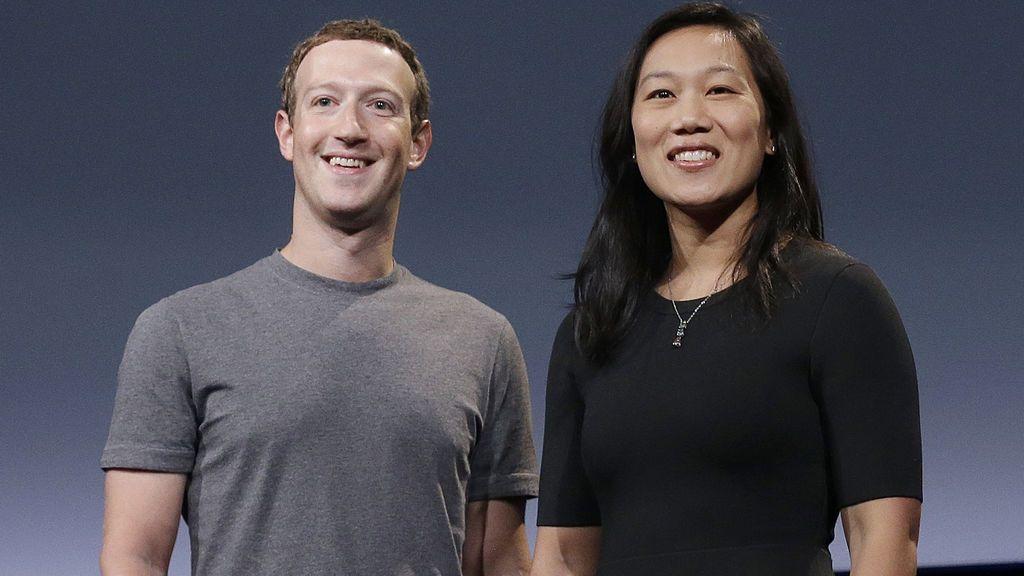 Mark Zuckerberg, inmune al bloqueo de su propia creación