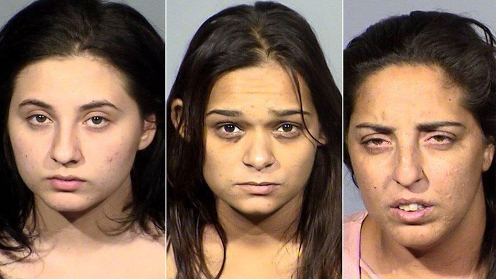 Detenidas tres mujeres por fingir accidentes para robar