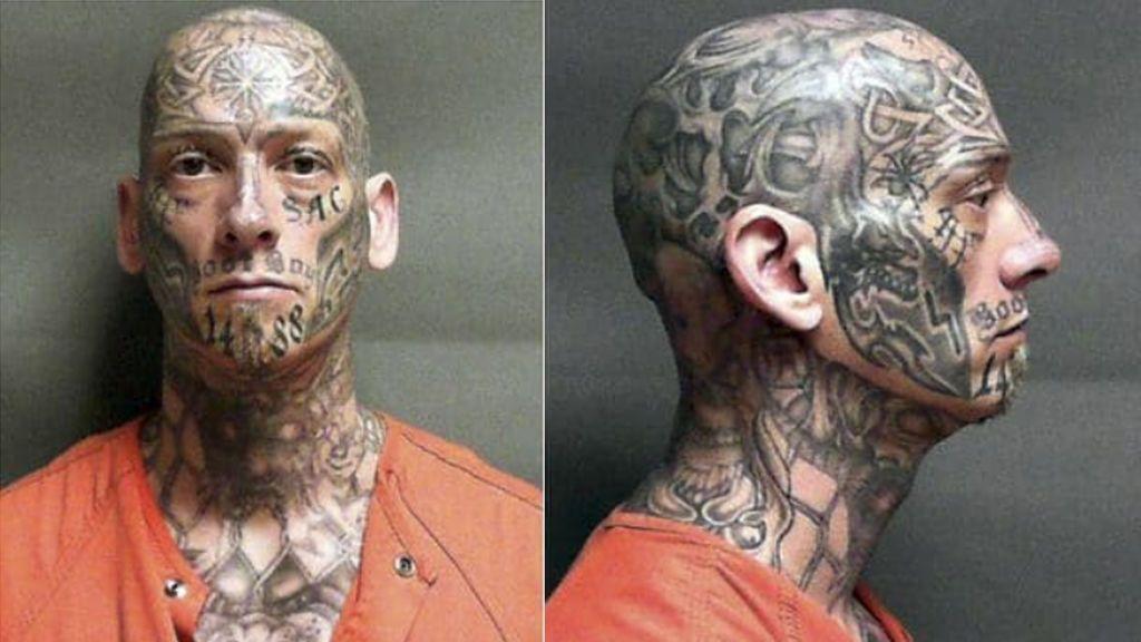 Encuentra a un fugitivo gracias a que llevaba todo el cuerpo tatuado