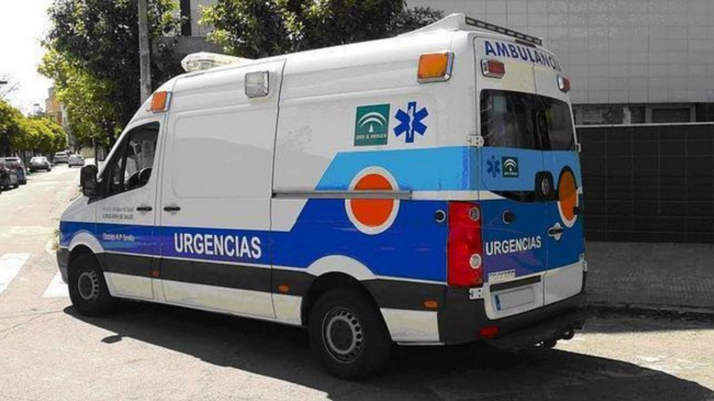 Heridos cuatro jóvenes en un accidente de tráfico en Lucena (Córdoba)